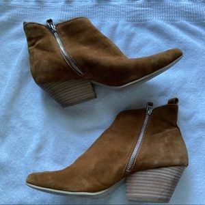 Dolce Vita cognac ankle booties Size 10